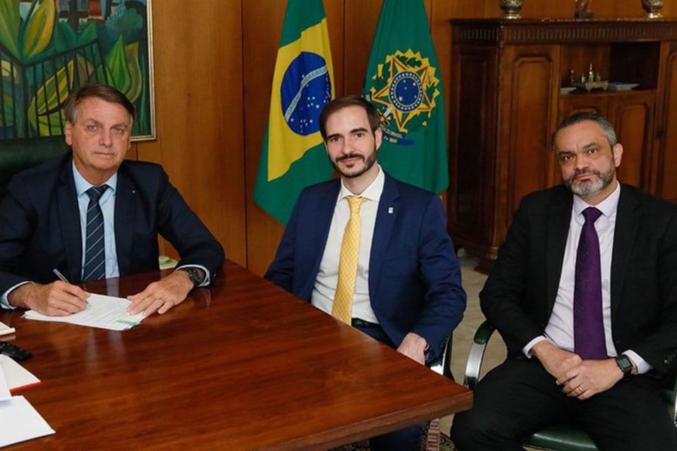 presidente Bolsonaro e José Ricardo da Veiga